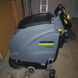 CLEANING MACHINES - LLERENA